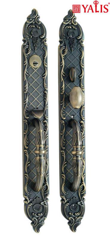 Serrures de porte yale dubaï. unique avec poignées de porte et poignées