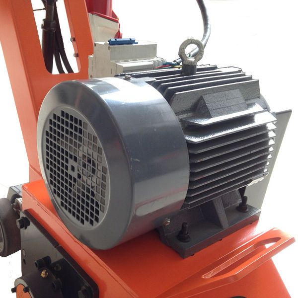 Top Sale Road Maintenance Equipment with 4 kw Siemens motor
