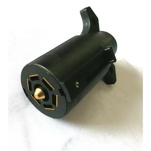 New design safety 7 Pin American style R.V to 6 pin brake centre adapter socket plug 12v/24v truck trailer connector