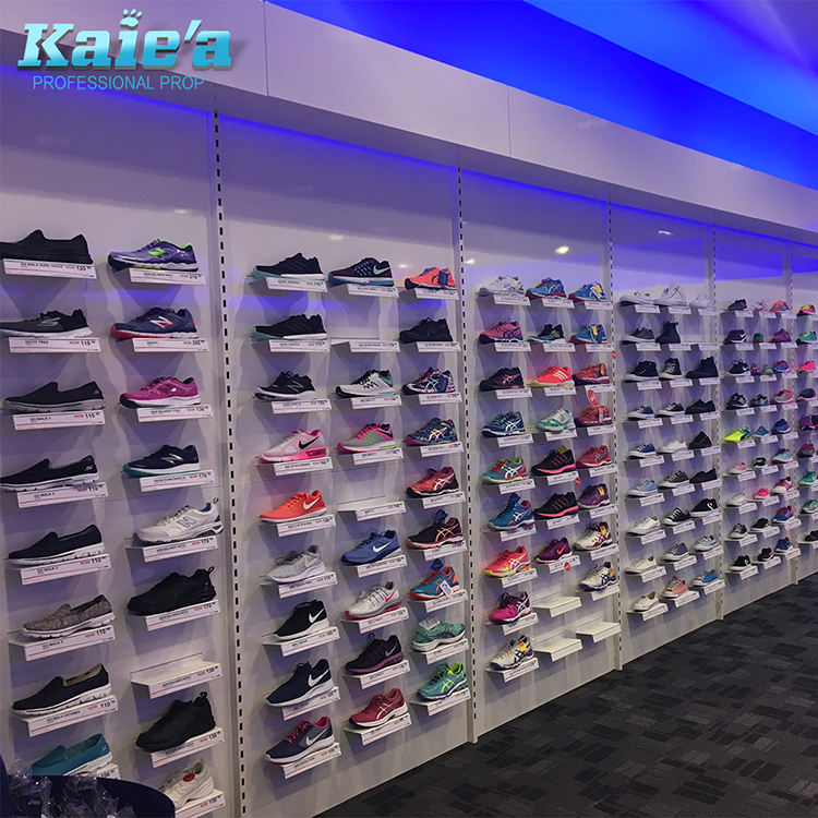 decoration for shoe shop/wall mounted shoe racks/shoes showroom design