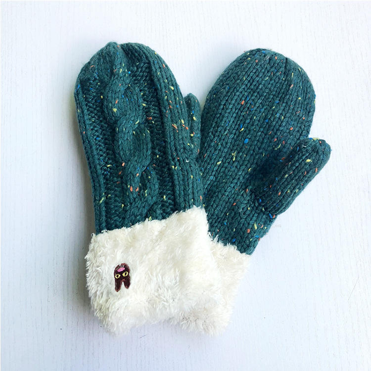 Hot selling LOW MOQ Winter mittens with fleece lining  knitted gloves