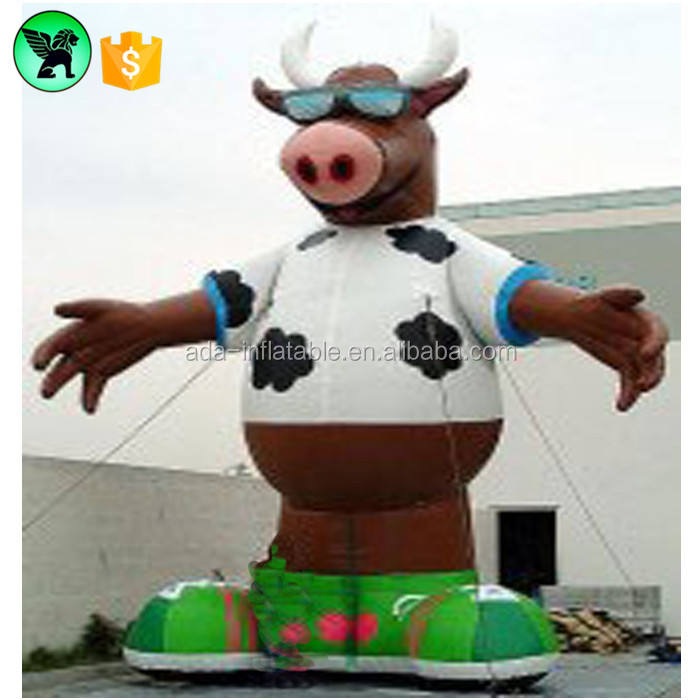 Customized Giant Cow Animal Inflatable For Milk Advertising A374