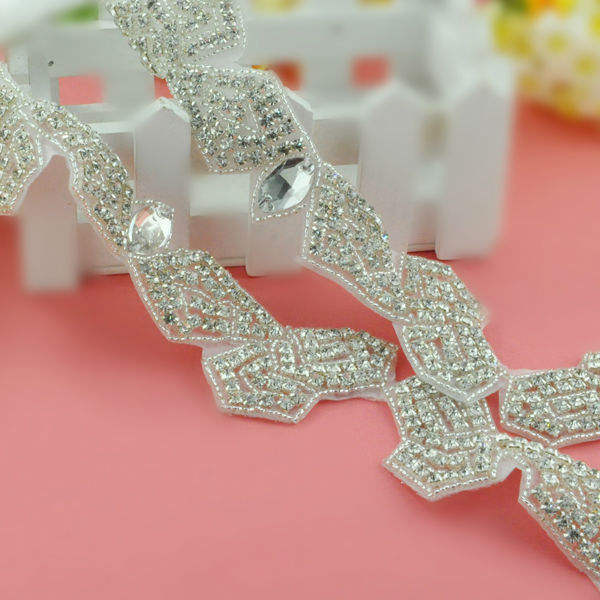 bulk new fashion iron on rhinestone trimming applique wholesale bridal decoration WRA-280