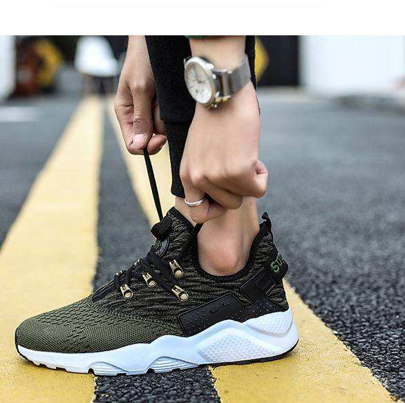 New men's sports and leisure shoes fashion casual flying weaving old shoes