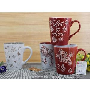 wholesale inside color outside white 11oz red cafe design stoneware mug cup manufactures cheap ceramic christmas mug