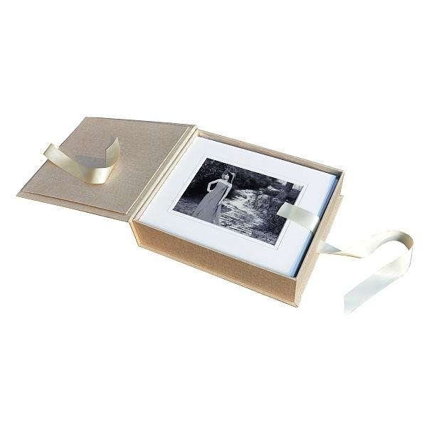 cloth fabric photo folio holder packaging box with ribbon for mat board