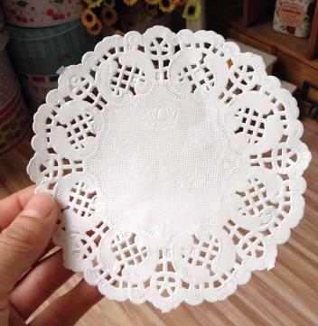 "14cm Round Lace Doyleys 1000 x 5.5/"" White Paper Doilies"