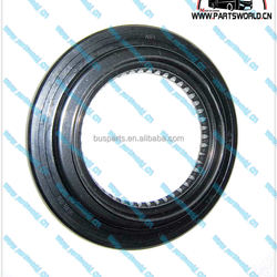 HIGER YUTONG KingLong ANKAI bus MERITOR HUB Wheel OIL SEAL 383-0136