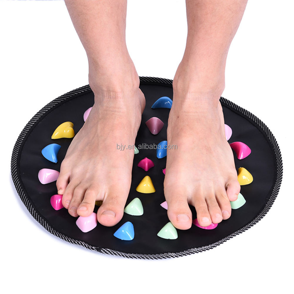 Hot Sale Fitness Round PP Plastic Foot Walk Stone Massage Mat For Health Care