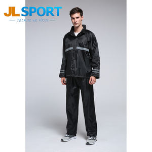2018 2pcs eco-friendly Suit PVC reusable Rain Coat For Men
