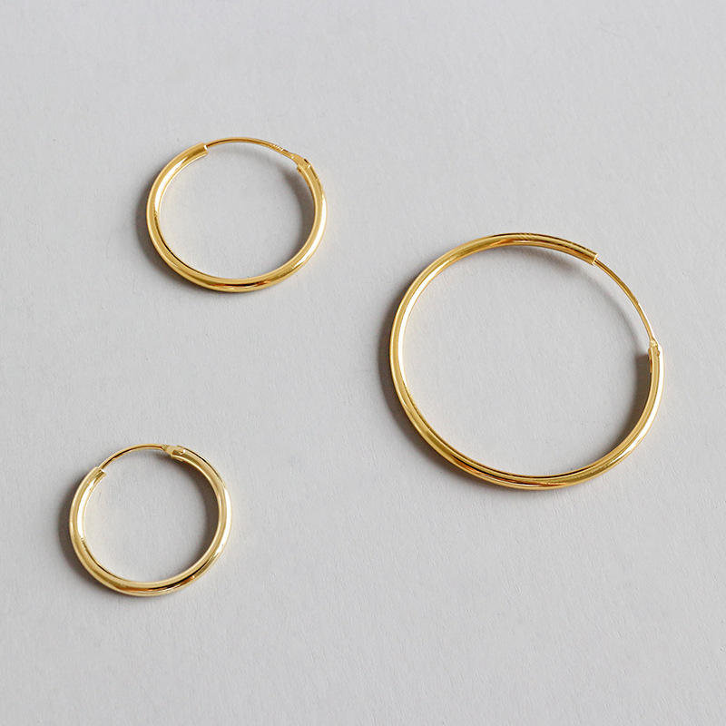 Earrings 2018 fashion Mobius twist Siver Big Circle hoop Earrings for women
