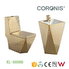 Fancy luxury design sanitary ware wc water closet gold toilet seat