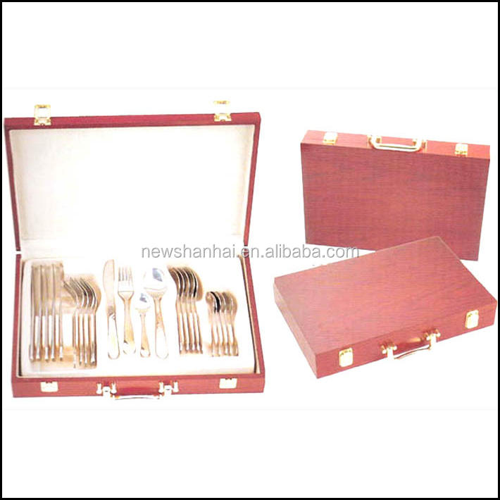 24 Pcs stainless steel 18/0 cutlery set with wood case