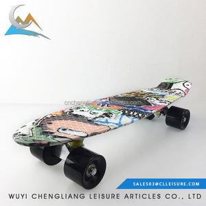 Personalizado de alta qualidade calor impressão 22 polegada skate atacado