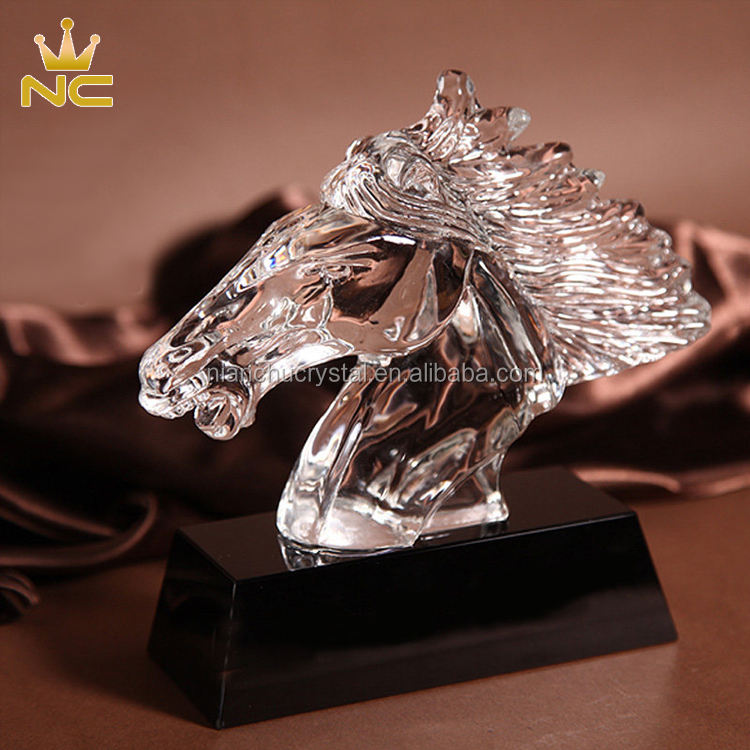 High Quality Mustang Crystal Horse Award For Horse Head Statue Business Trophy Souvenirs