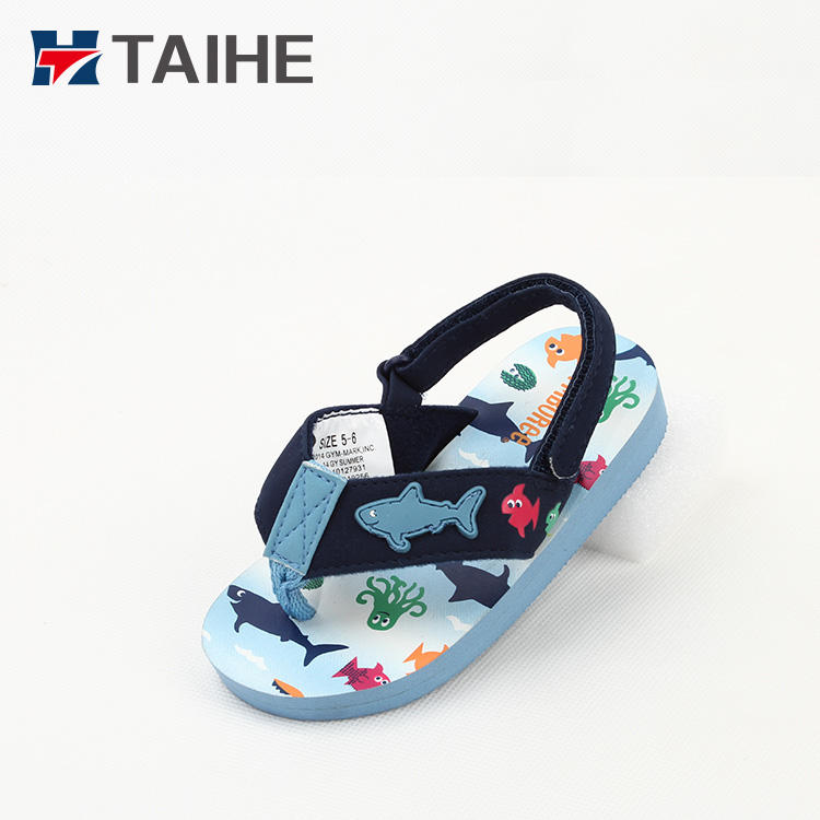 China kids sandals EVA beach shoe rubber baby slippers