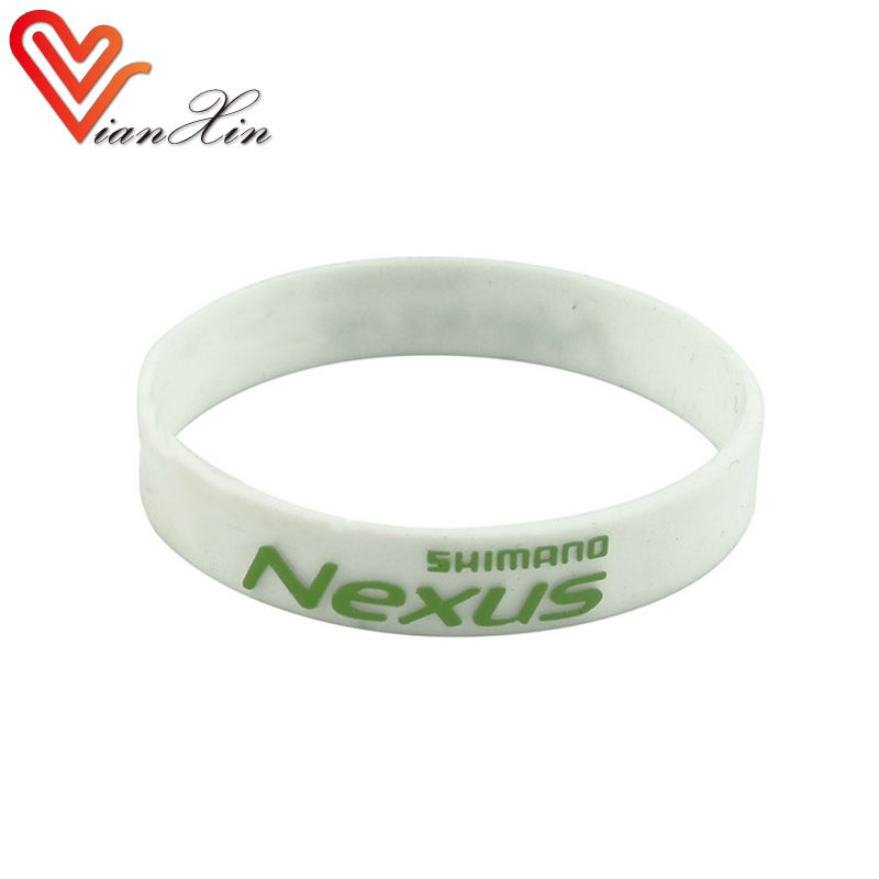 bulk cheap embossed bracelet/customized silicone rubber wristband