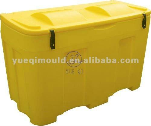 roto molded grit and salt bin