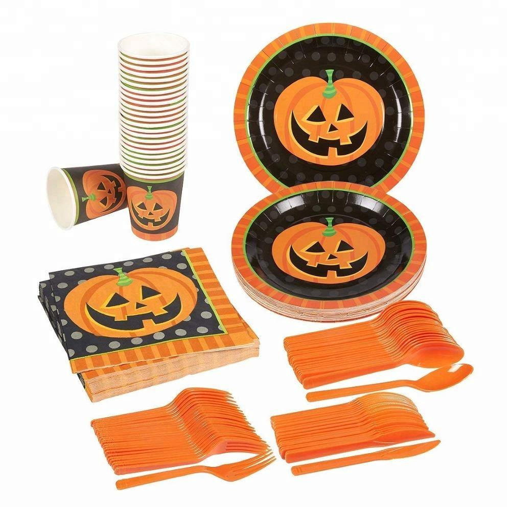 Pumpkin Halloween Party Supplies,Serves <span class=keywords><strong>24</strong></span>, Includes Plates, Knives, Spoons, Forks, Cups,Napkins Perfect Pack für Spooky Themed