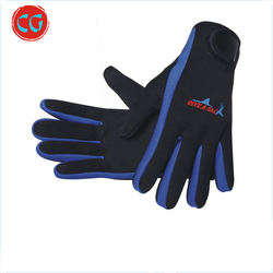Outdoor sports scratch-resistant and wear-resistant neoprene protective diving gloves