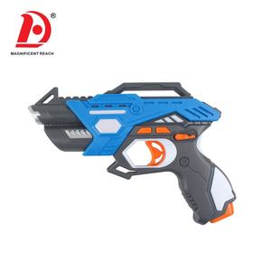 Varda 2020 Groothandel Battery Operated Elektrische Shooting Game Laser X Speelgoed Tag Gun Set En Vest