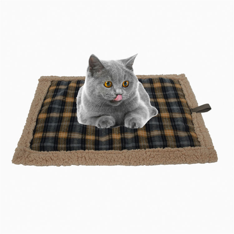 Chew Resistant Home Ultra Soft Comfortable Fleece Thermal Self Heating Pet Cat Bed Pad Mat for Dog Sleeping