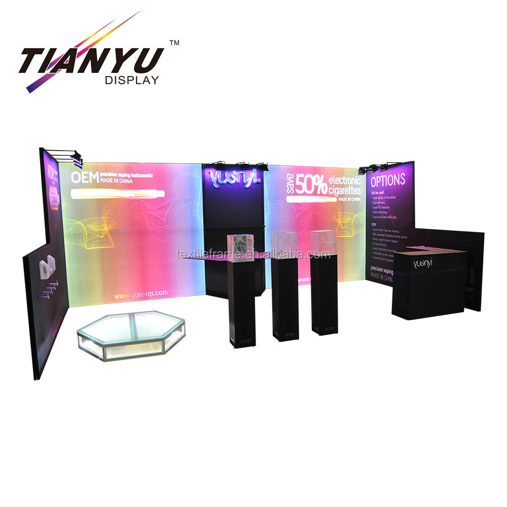 Mode acryl led planken showcase custom made 3D ontwerp beursstand reclame display.