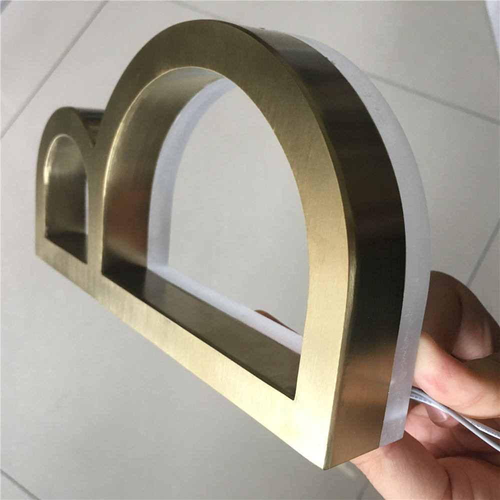 Custom 야외 레스토랑 names 및 logo 빛 up letters 3d 금 brush stainless steel channel 문자발송 & # sign