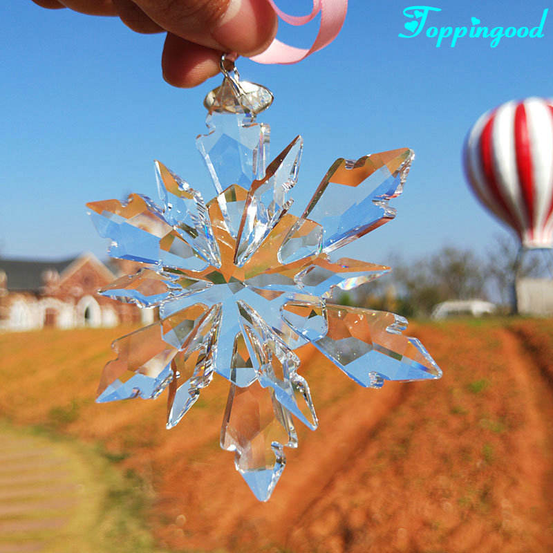 Winter Vivid Crystal Snowflake Pendant For Wholesale Supplier