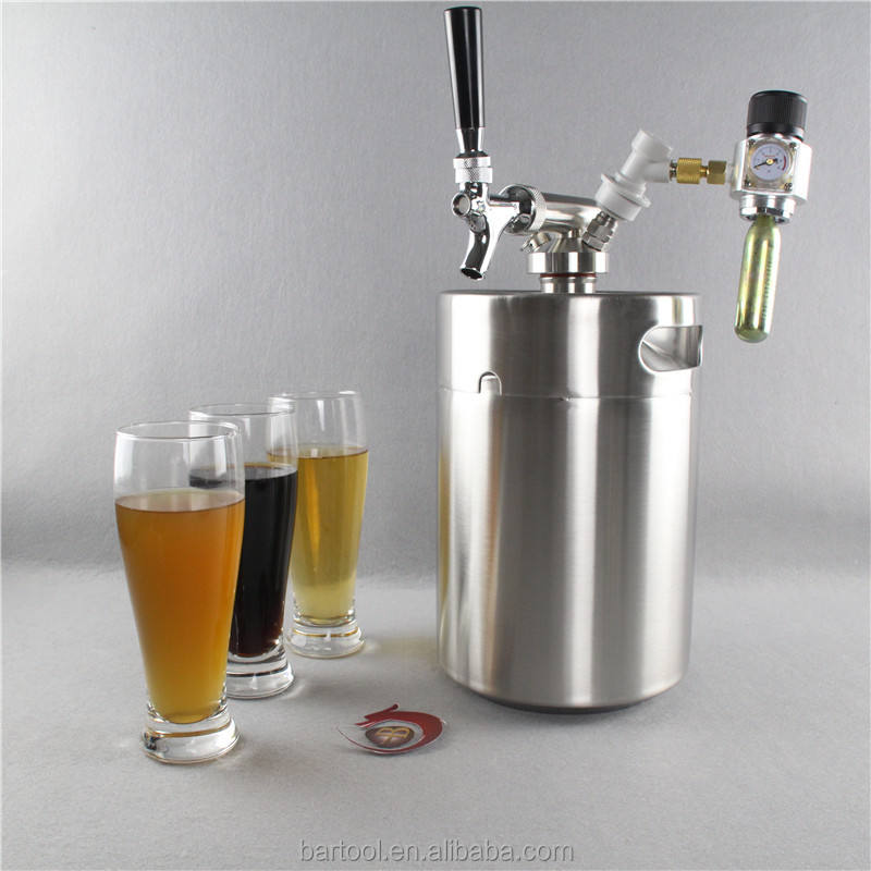 Dispenser barrel torre per la birra