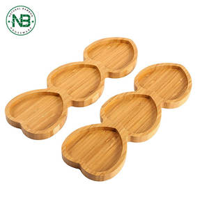 Heart shaped design bamboo food serving plate wooden dry fruit tray