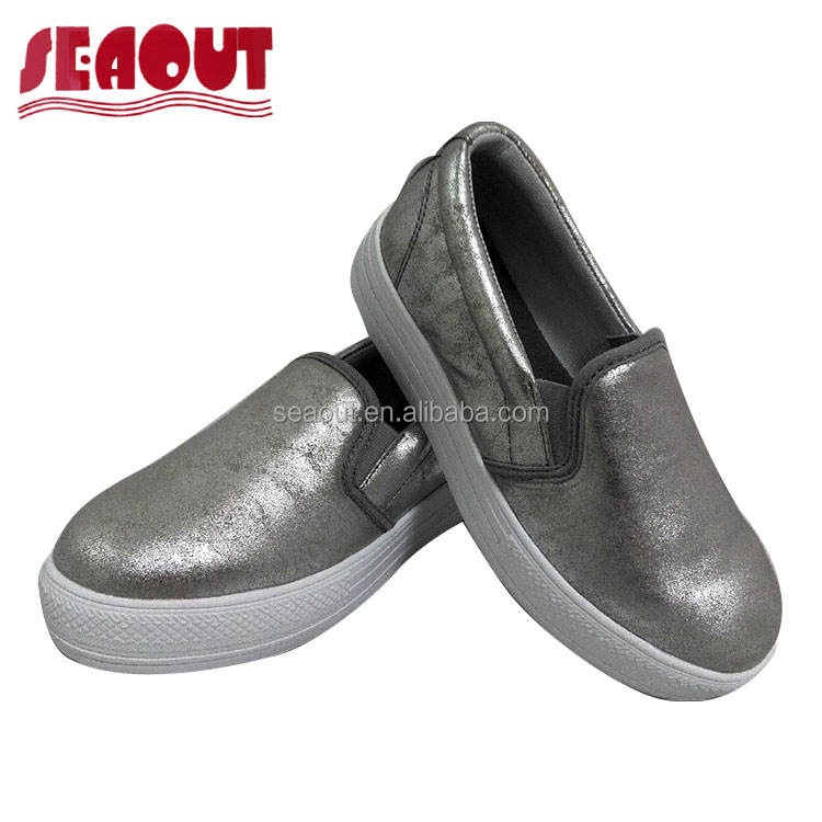 Elegant Imported 2018 women flat silver shoes with 3cm height outsole for young ladies
