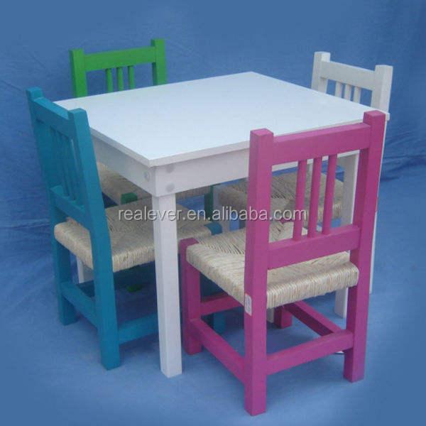 Atacado confortável crianças coloridas de madeira mesa de jantar cadeira conjunto