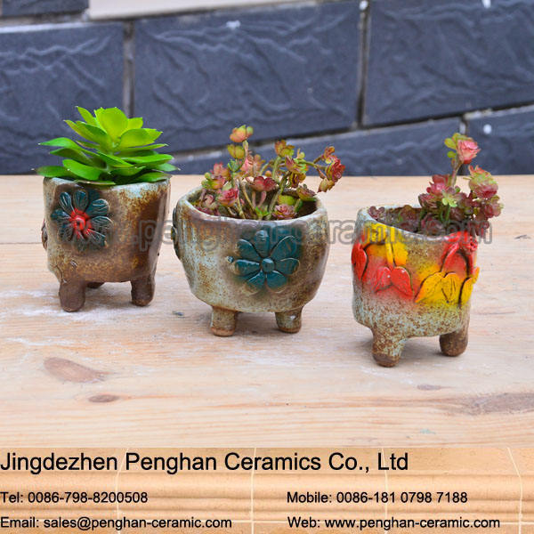 Chinese modern ceramic and terracotta garden urn planter wholesale