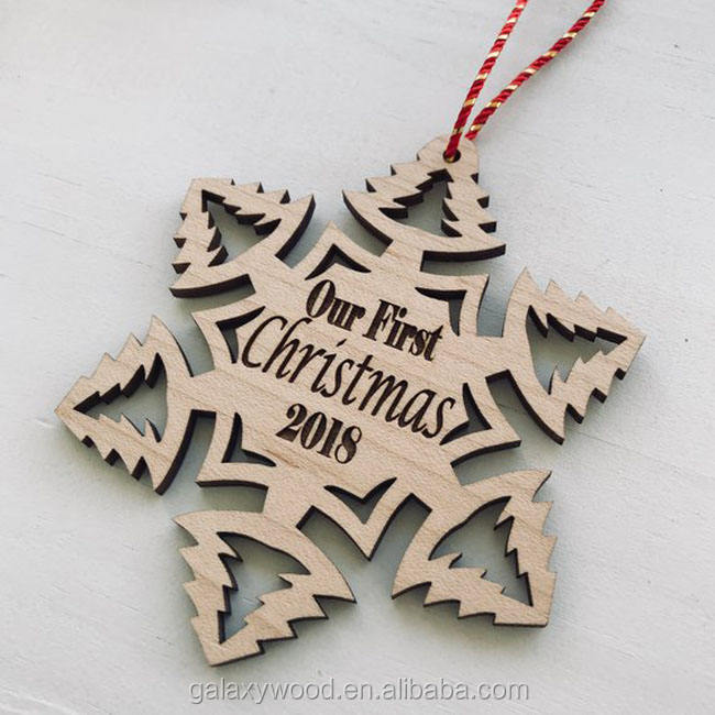 wholesale custom Wood ornament for christmas tree decoration