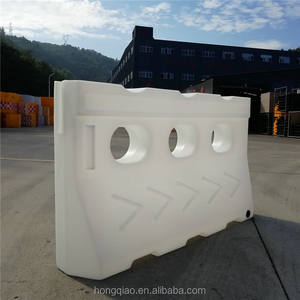 Rotational Plastic Road Barricades portable barrier