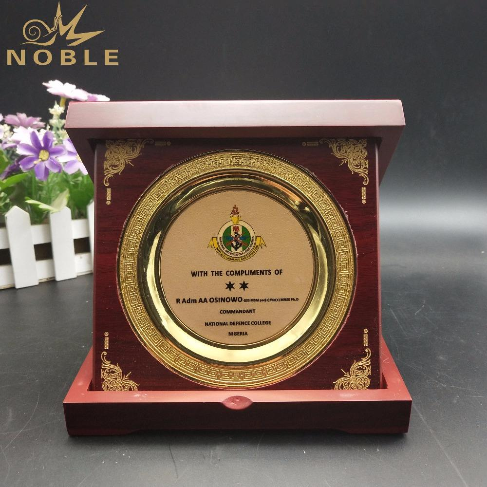 High Quality Custom Wooden Award Plaque with Box