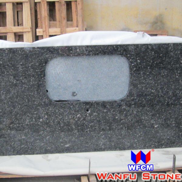 La maison de cuisine d'argent coupé à la taille de granit du comptoir en pierre