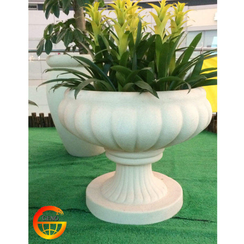 new modern design ornamental flower pot for garden flower planter christmas gift