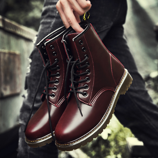 Wholesale fashion men ankle boots vintage leather upper shoes with thick skidproof sole