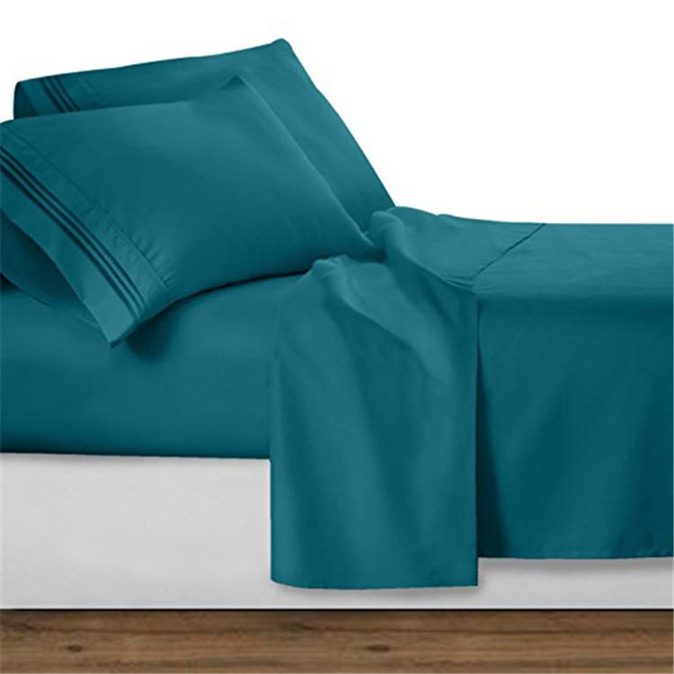 Utopia Brushed Microfiber Wrinkle Fade and Stain Resistant 4-Piece Bed Sheet Set