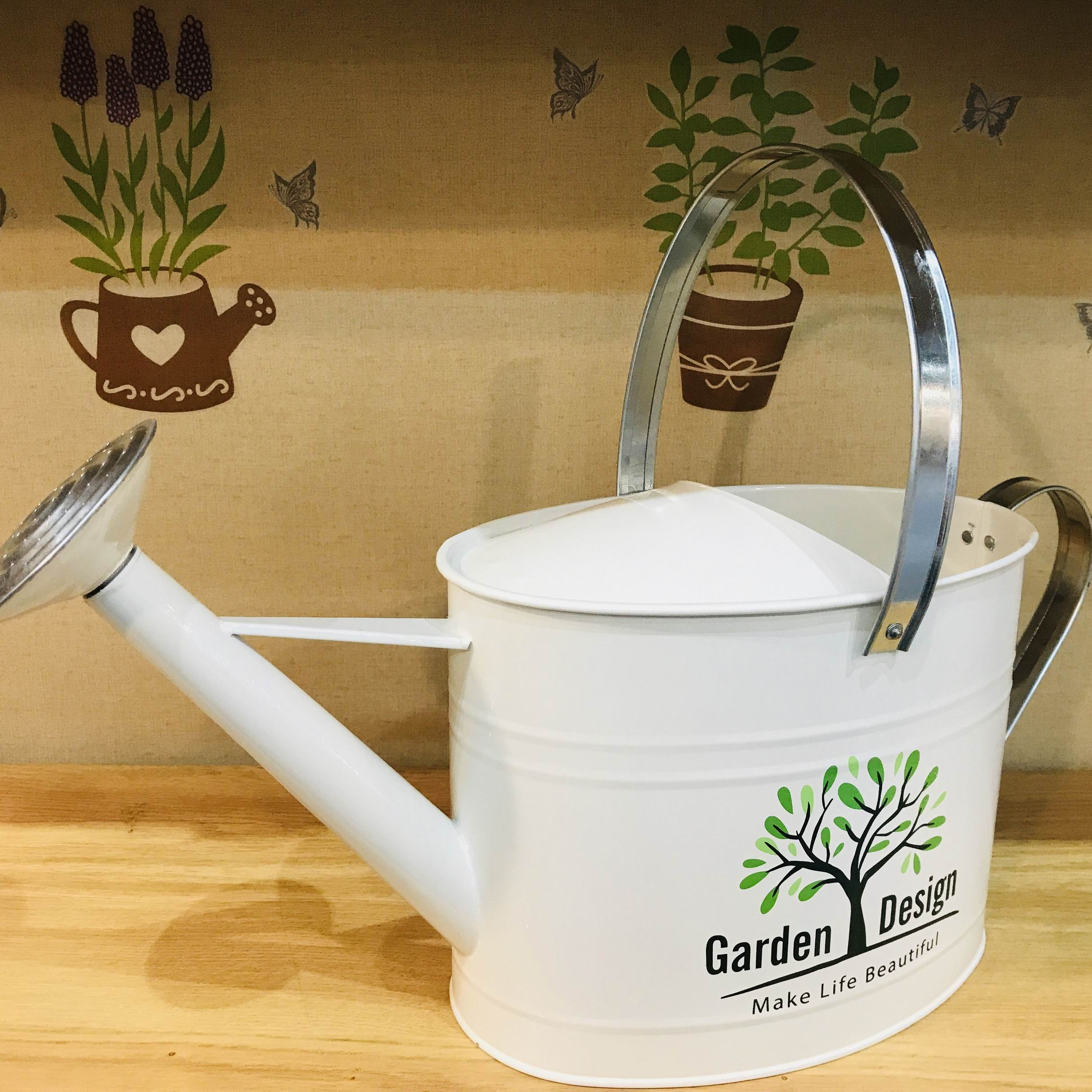 Tree design home garden decoration 7L long spout metal watering can