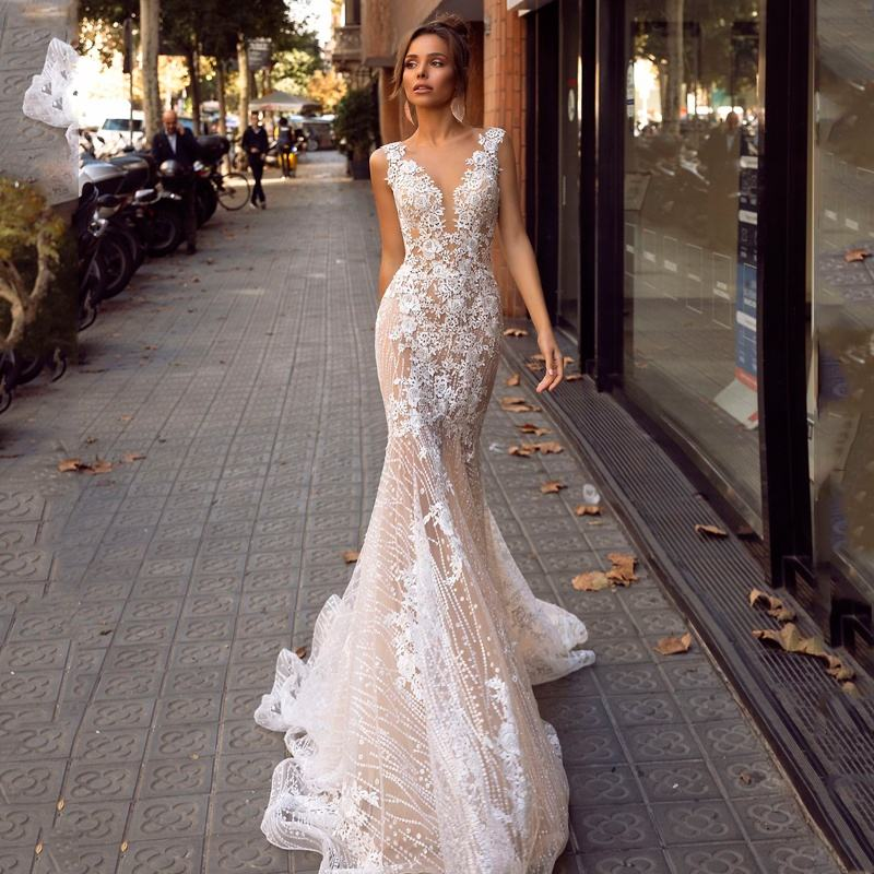 Gorgeous Mermaid Wedding Gown Embroidered Floral Lace Bridal Dresses Sexy V-Neck Backless Wedding Dress robe de mariage