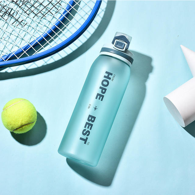 Bpa Free Custom Plastic Gym Lager Volume Sport Water Bottle With Click Lid