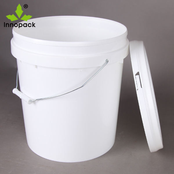 Supply Round PP material plastic bucket 15 liter with lid and handle