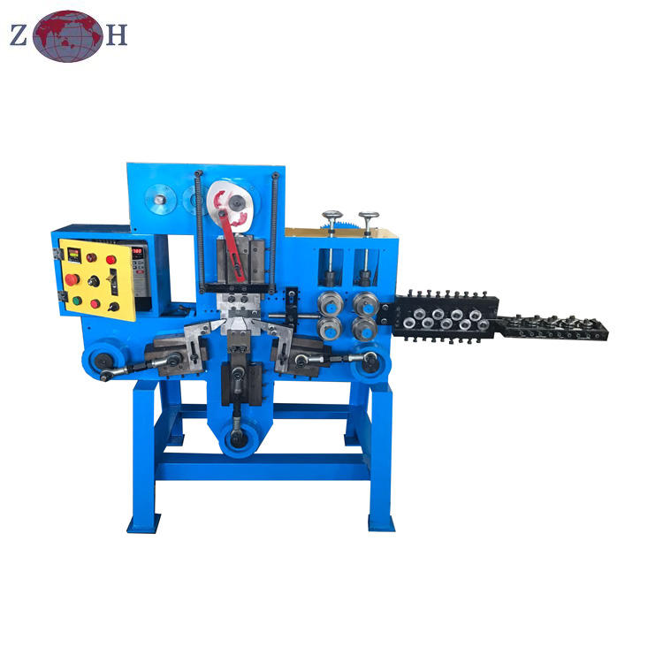 Wire bending and cutting machine