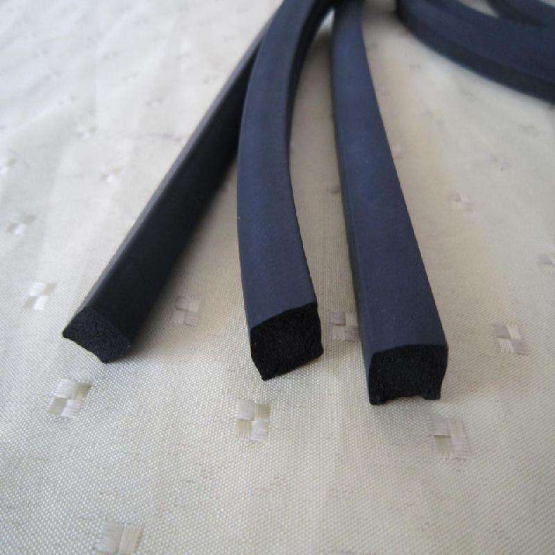 High quality neoprene foam floor rubber sealing strip