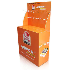 Supermarkt retail golfkarton dump bins display met haringen opknoping voor batterij, display box stand met haken