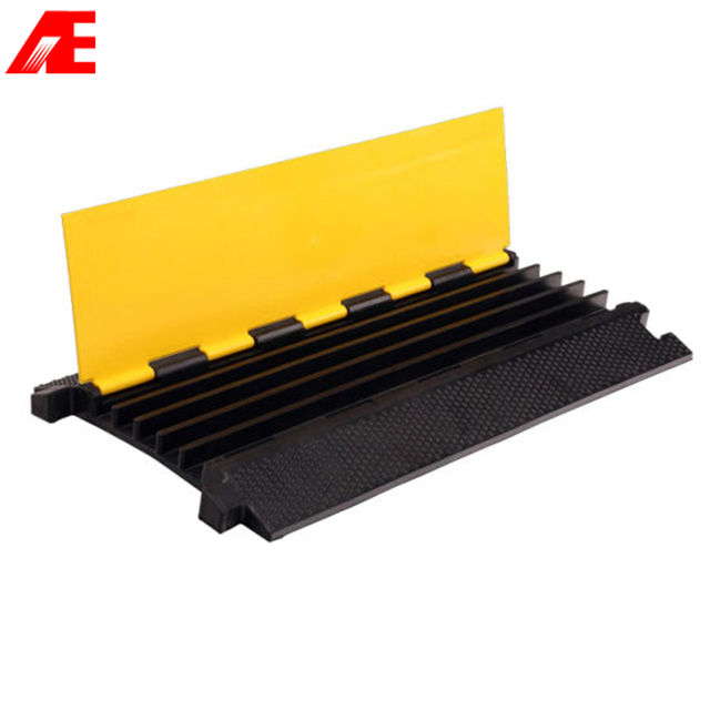 AE High quality mini speed bump cable ramp cover with different channels