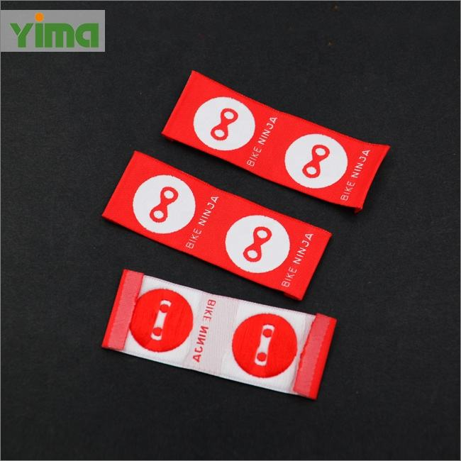 China latest custom LOGO tag satin damask woven loop fold label for clothing